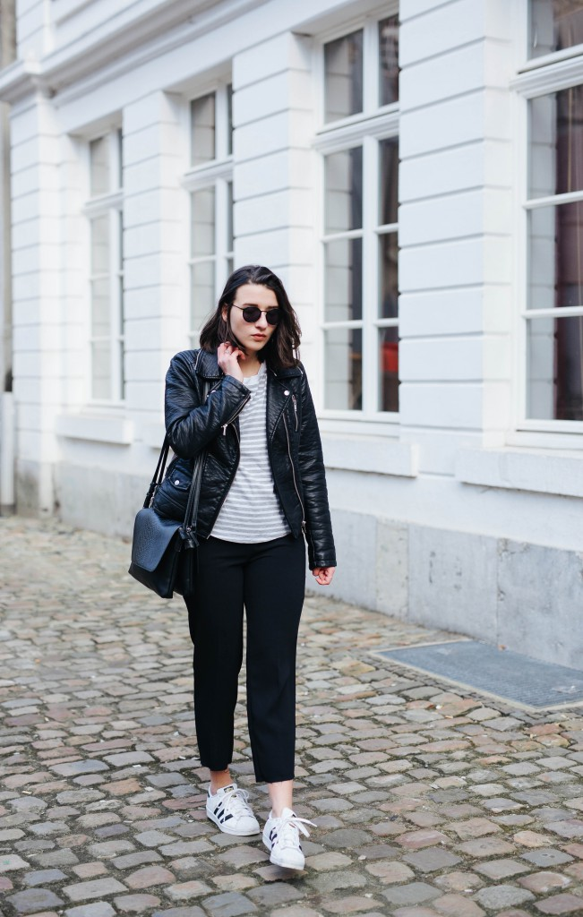 Outfit-Basicapparel-sophievandaniels-ace&tate-aceandtate-sunglasses-suitpants-suit-blogger-bloggerstyle-bloggertrend-cos-zara-adidas-sneakers-streetstyle-1