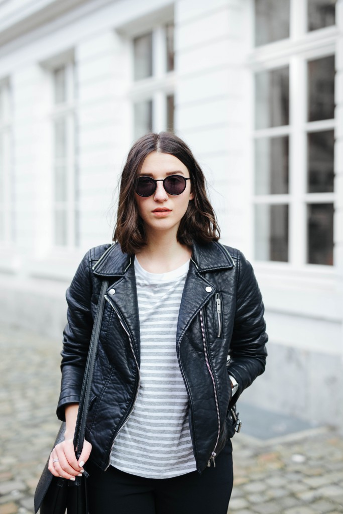 Outfit-Basicapparel-sophievandaniels-ace&tate-aceandtate-sunglasses-suitpants-suit-blogger-bloggerstyle-bloggertrend-cos-zara-adidas-sneakers-streetstyle-10
