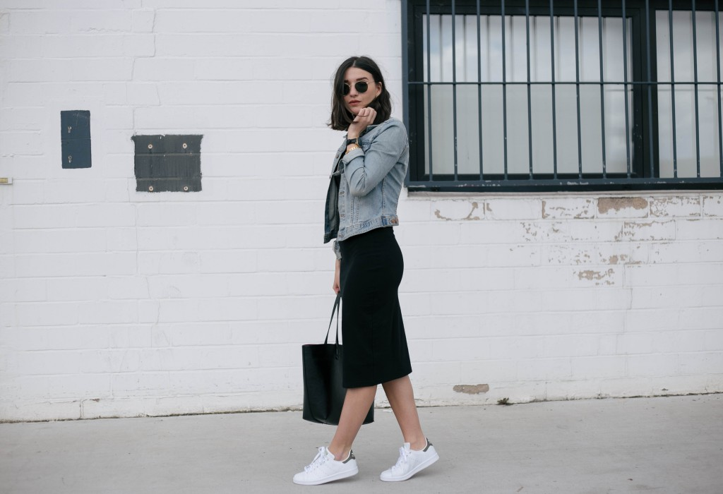 Basic Apparel-Sophievandaniels-Aboutyou-Rayban-sneakers-adidas-stansmith-zara-blogger-fashion-mididress-2