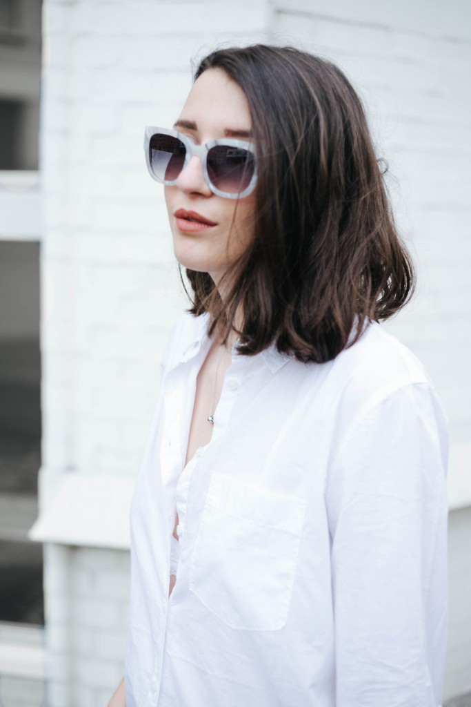 Basicapparel-Sophievandaniels-Ace&tate-Kat-sunglasses-marble-flared-jeans-denim-blue-trend-blogger-fashion-h&m-13