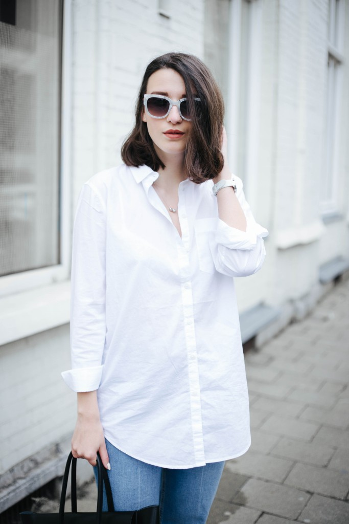 Basicapparel-Sophievandaniels-Ace&tate-Kat-sunglasses-marble-flared-jeans-denim-blue-trend-blogger-fashion-h&m-15