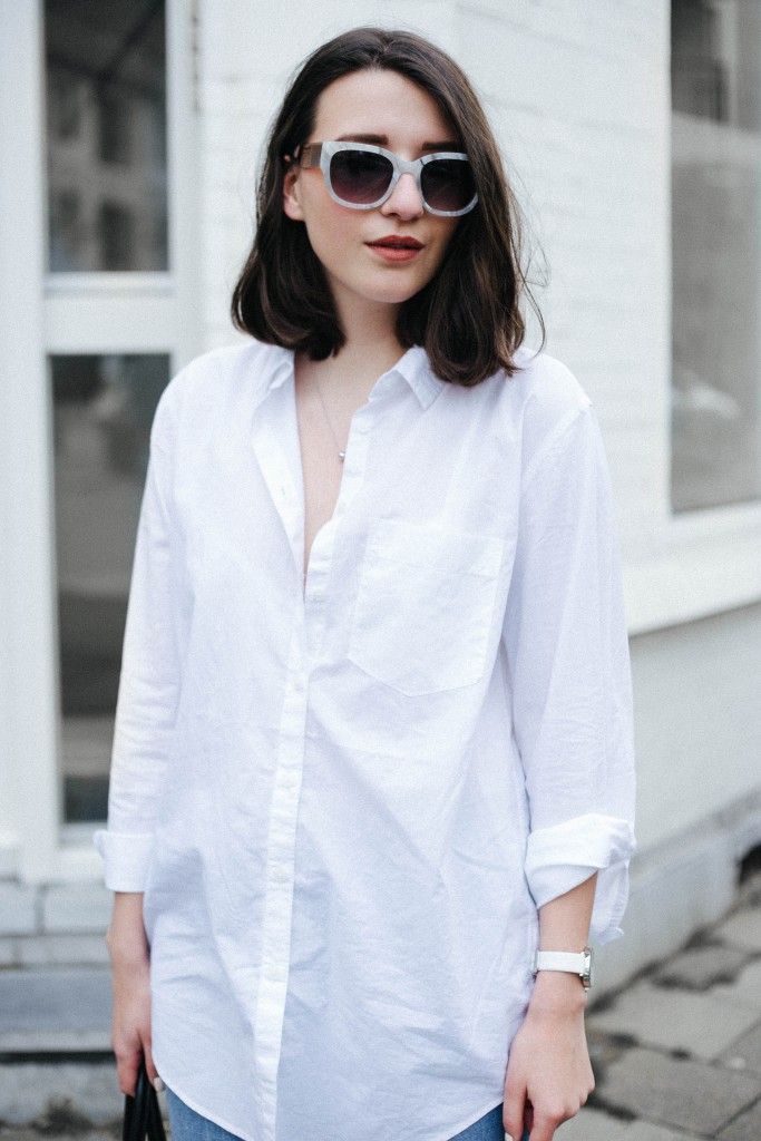 Basicapparel-Sophievandaniels-Ace&tate-Kat-sunglasses-marble-flared-jeans-denim-blue-trend-blogger-fashion-h&m-6