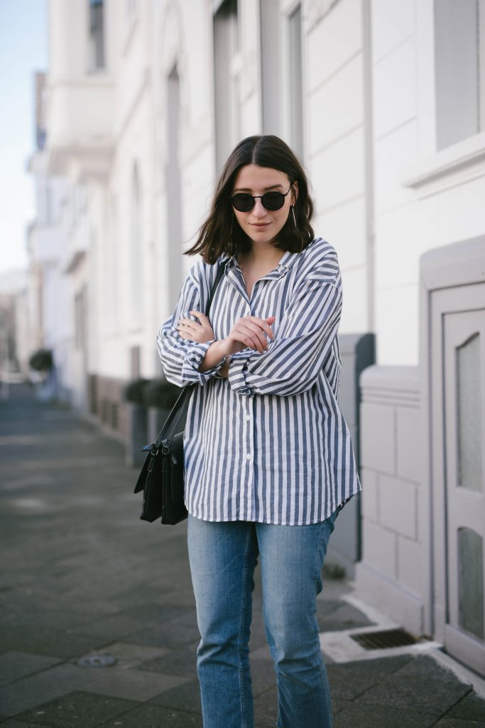 Basicapparel-fashionblogger-blogger-sophievandaniels-boyfriend-shirt-loafers-ace&tate-german-outfit-11