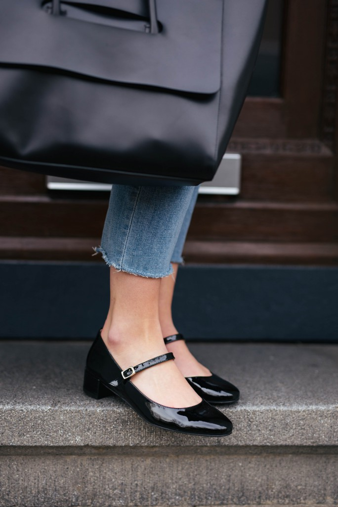 Basicapparel-sophievandaniels-blogger-fashionblogger-gardenia-gardeniacopenhagen-shoes-trend-shoetrend-spring-rayban-eleven-kickflare-croppedjeans-madeleineissing-12