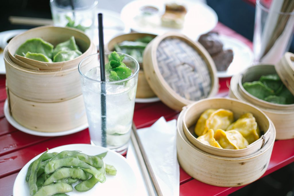 Basicapparel-berlin-travelguide-food-asian-dumplings-yumchahereos-sophievandaniels-travel