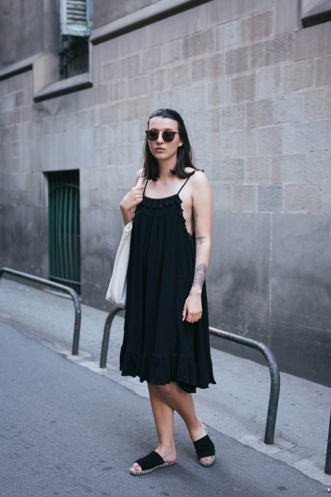 Basicapparel-sophievandaniels-barcelona-travel-traveldiary-polette-boohoo-aceandtate-fashionblogger-3